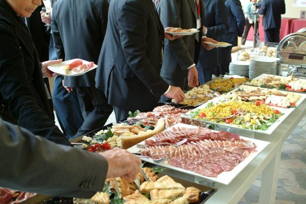 How to Save Money on Different Types of Catering?